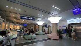 青岛眼科医院北部院区(候诊区)